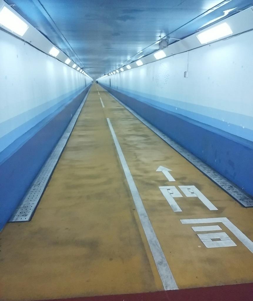 関門トンネル下関
