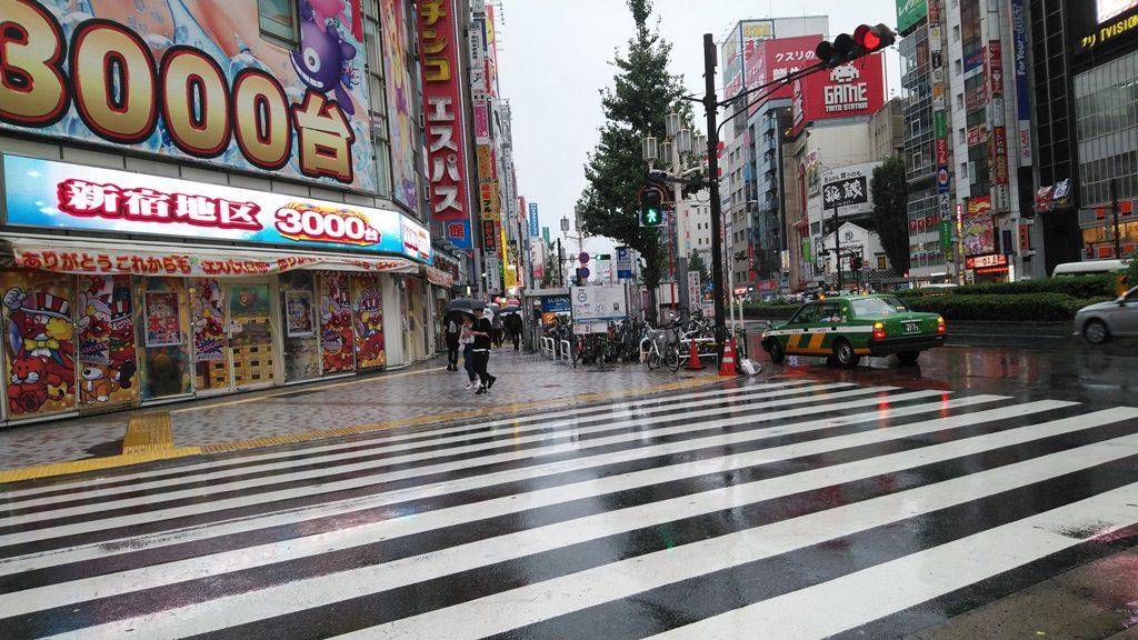西武新宿から新宿3