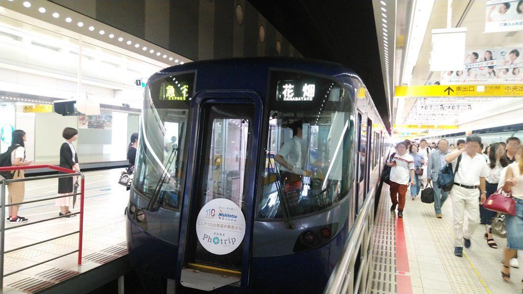 西鉄天神駅ホーム