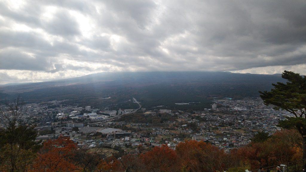 展望台から富士山・・・