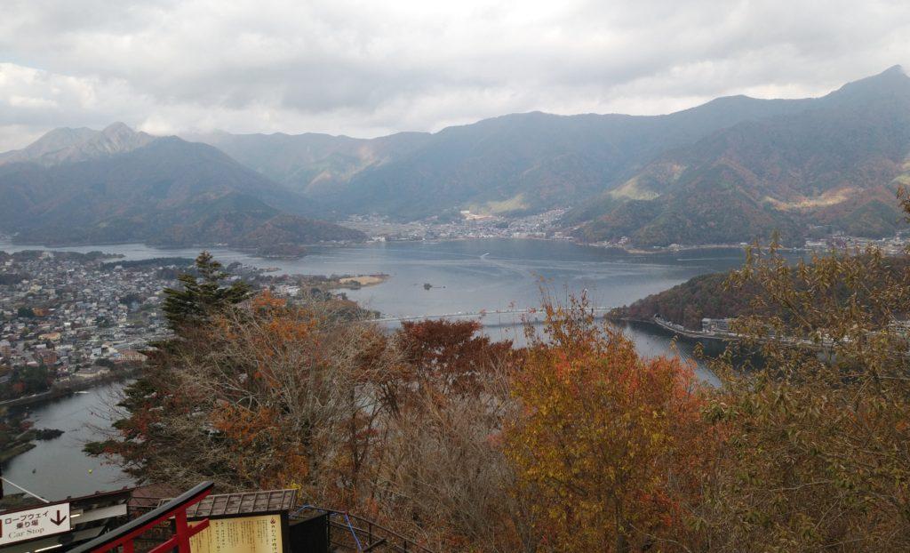 展望台から河口湖