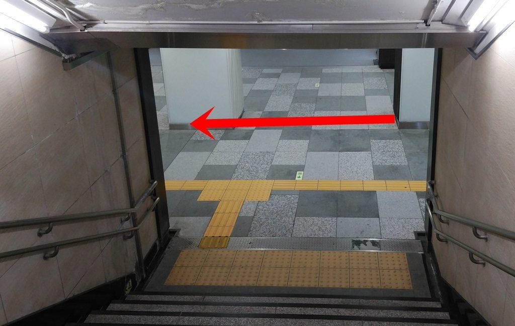 日本橋口から東西線10