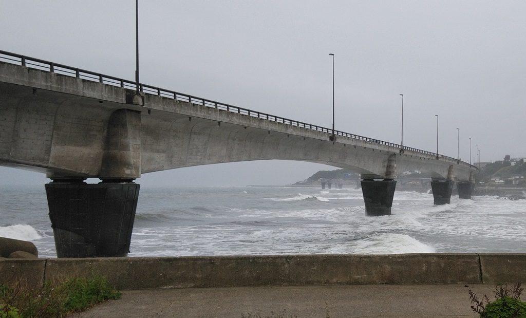 国道6号激しい波