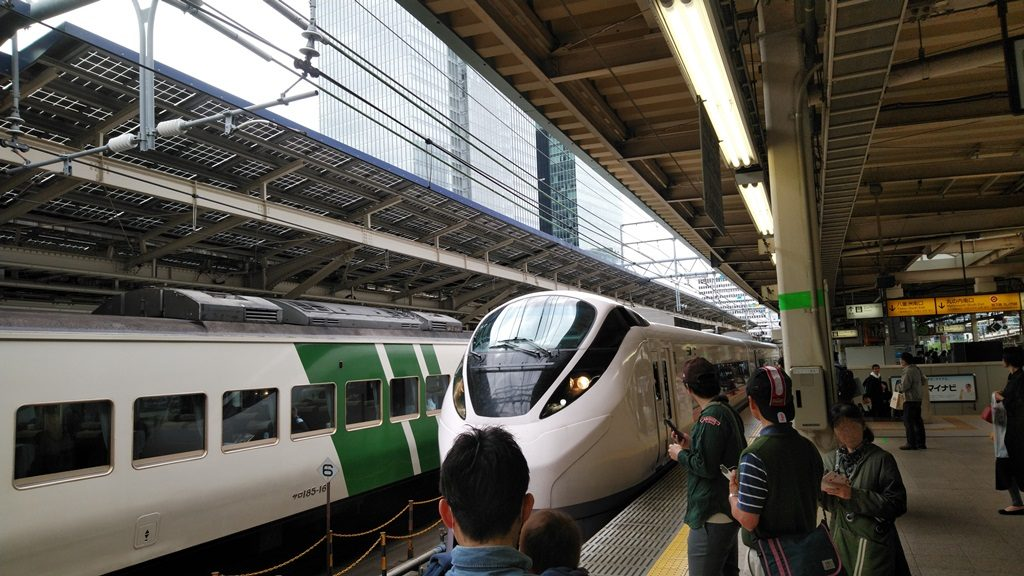 東京駅上野東京ラインホーム2