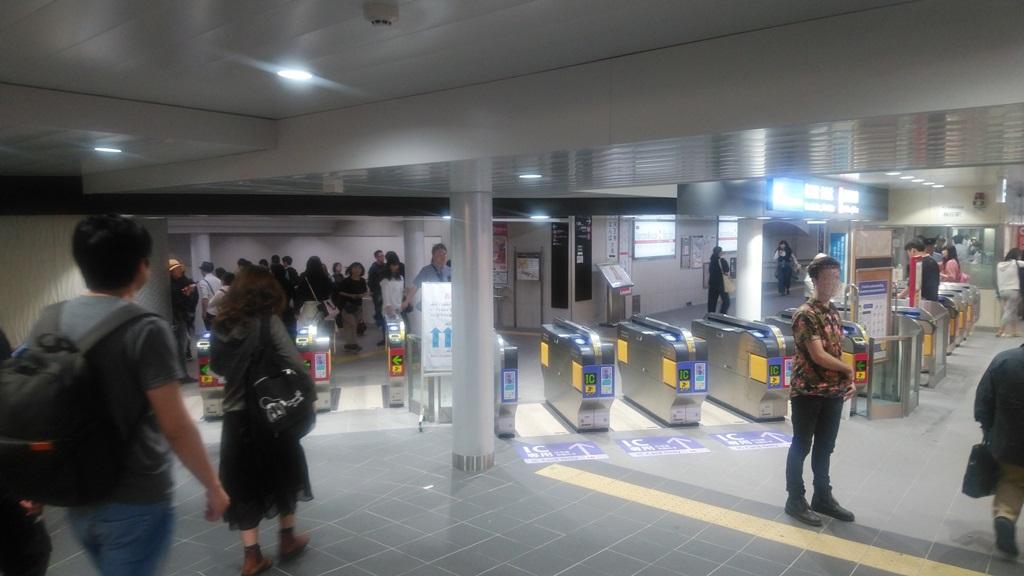 阪急3階から御堂筋4