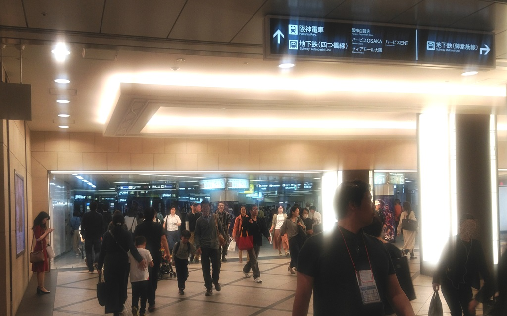 阪急3階から阪神5