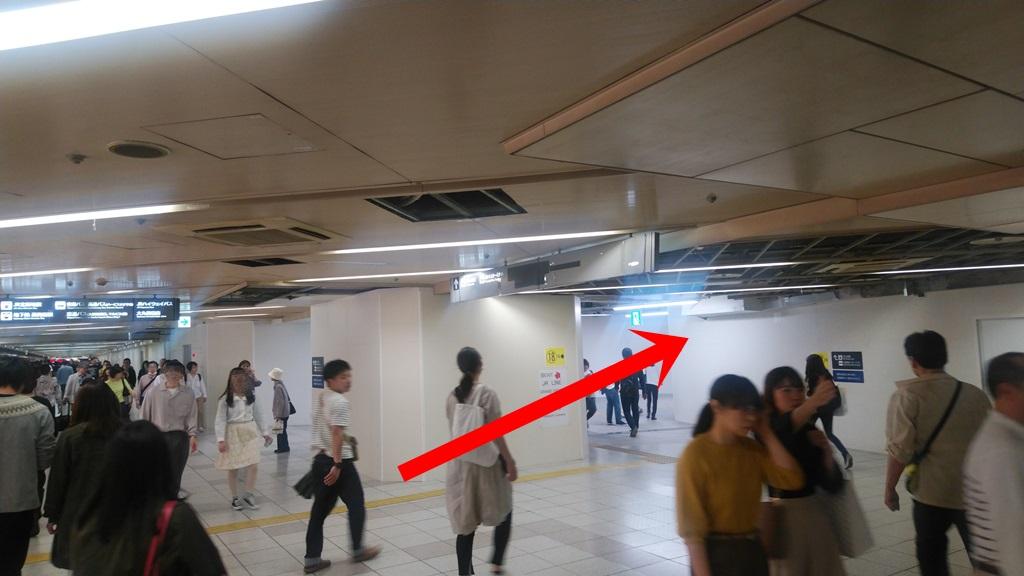 阪神東口からJR3