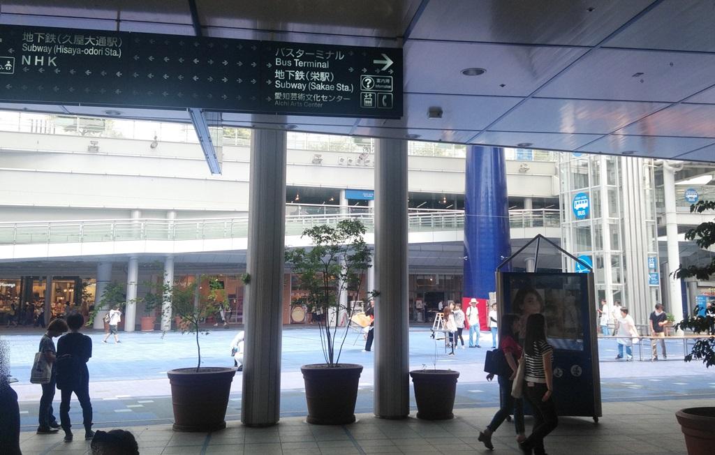 名鉄線からバスターミナル4