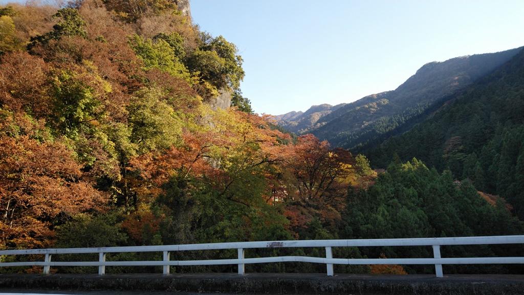 浦山ダムへ2