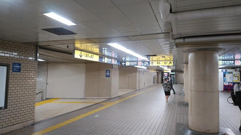 千代田線から都営新宿線5