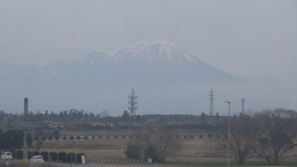 米子鬼太郎空港から大山
